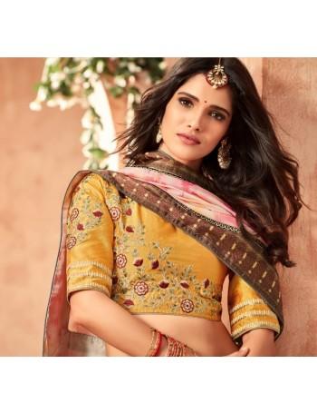 Designer Modern Printed Saree (Immediate Dispatch!)