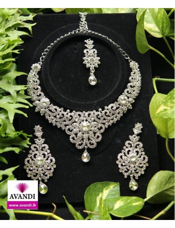 Elegant Full Necklace Set with White stones on Silver
