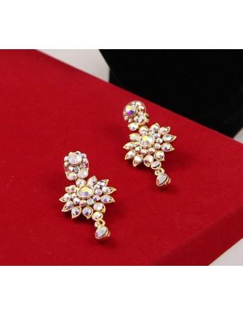 Elegant Bridal Jewellery Set with brilliant rainbow stones