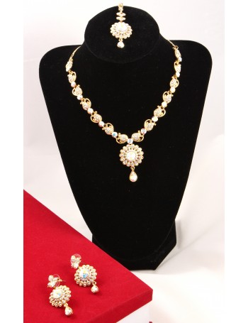 Elegant Floral Design on Gold Metal set with brilliant Rainbow Stones